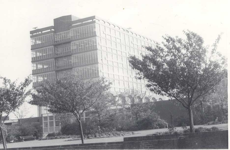 Bolton Institute of Technology 4